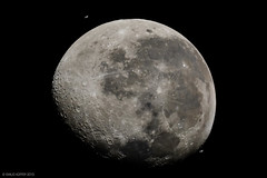 ISS vs Luna 08-04-2015 (emiliokuffer) Tags: moon composite nikon astro luna telescope astrophotography transit astrofotografía spacestation astronomy iss dobson telescopio astronomía tránsito internationalspacestation oroverde skywatcher eei estaciónespacial d7100 estaciónespacialinternacional