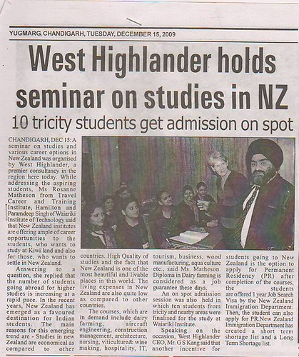 West Highlander Holds Seminar On Studies in New Zealand