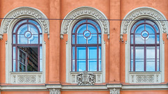 Three Windows / Drei Fenster (chrisar676) Tags: windows color colour window colors hungary colours fenster sony budapest ungarn hdr highdynamicrange farben hdrefexpro2 sonydscrx100m3