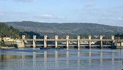 Barragem de Crestuma-Lever (vmribeiro.net) Tags: portugal geotagged sony porto barragem tamron lever prt crestuma a350 fontinha geo:lat=4107004189 geo:lon=848997474
