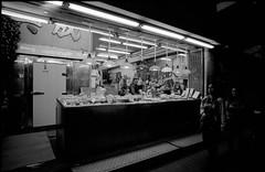 Wan Chai Market - Hong Kong (waex99) Tags: street leica white black color film night asia asians market kodak chinese 03 hong kong epson wan m6 familly chai 50mmf14 ektar 2016 v500