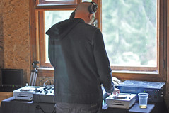 DSC_0102 (Anton Kefilev) Tags: party people music love nature analog koliba chepelare