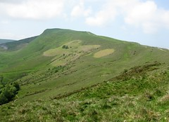 IMG_0364 (backseatsnoozer) Tags: peakdistrict hills valley tor mam ramblers edale errosion