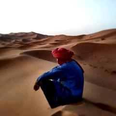 Aspettando la calma (marcobertarelli) Tags: waiting desert tuareg sunrise marocco sand calm color
