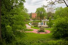 Congress Park, Saratoga Springs, NY (Diacritical) Tags: iso200 saratogasprings 35 congresspark f24 0ev summiluxm11435asph centerweightedaverage leicacameraag sec secatf24 leicamtyp240 may252016 douglascpalmer2014
