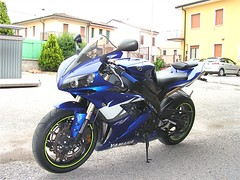 "yamaha_r1_00 • <a style=""font-size:0.8em;"" href=""http://www.flickr.com/photos/143934115@N07/27694252095/"" target=""_blank"">View on Flickr</a>"