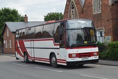 H945 DRJ: Kettlewell, Retford (chucklebuster) Tags: h945drj kettlewells shearings glenn coaches ykr702 wreglesworth volvo b10m plaxton paramount