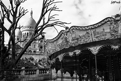 Montmartre (jujuchiches) Tags: voyage park city trip travel light sky blackandwhite bw sun white black paris tree cute colors look canon vintage lens landscape happy lights freedom fly amazing movement eyes holidays exposure looking wind live large happiness paisaje location montmartre highlights silouette exposition feeling lovely reflexion favs carrousel canon550d