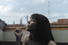Mansarda parigina (riccardo.fissore) Tags: portrait paris girl beauty cigarette smoke smoking redhead ritratto youngwoman bellezza parigi fumo fumer sigaretta mansarda mansarde parigina