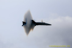 F/A-18 Hornet (Michel Dangmann) Tags: summer sky clouds outside belgium belgique airplanes airshows avions militaryaircraft fa18hornet belgianairforce murduson forceaeriennebelge bafdays16
