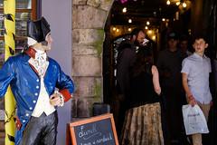 27 June 2016 - Eye Contact (lkirbyl) Tags: street scotland edinburgh places 3652016