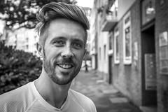 "#22 ""What the hell are you doing on this planet?"" (Hendrik Lohmann) Tags: street portrait people df streetphotography streetportrait menschen dsseldorf gesichter geschichten strase strassenfotografie strasenportait"