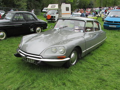 Citroen DS20 XYY426F (Andrew 2.8i) Tags: citroen ds20 ds 19 21 ds19 ds21 classic french saloon car singleton park swansea show all types transport worldcars