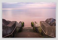 Steps to pink (www.kirsten-berg.com) Tags: sunsetglow slowshutter longexposure scarborough coast dusk sunset sea seascape seaside yorkshire