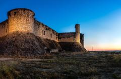 Castillo de los Condes (Juaberna) Tags: castle castillo chinchn architecture arquitectura blue hour hora azul sigma 35mm f14 art nikon d610 stitch fortaleza