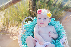 Turquoise (Malia Len ) Tags: turquoise turquesa bebe baby newborn playa beach dunas cesta malialeon outdoor flowers cute flores