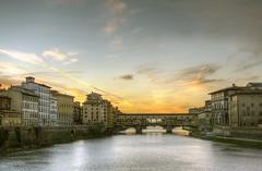 Ponte Vecchio (Francisco Esteve Herrero) Tags: puente italia florencia hdr pontevecchio 2015 puenteviejo