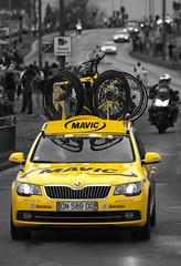 mavic neutral support (syme0570) Tags: yellow tour yorkshire cycle mavic skoda octavia barnsley neutral koda poppingcolour poppingcolor tourdeyorkshire