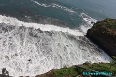 El Salvador's Magnificent Seashore (ssspnnn) Tags: mar agua pacificocean elsalvador seashore litoral lapaz nunes acantilados litoranea barrancos lalibertad oceanopacifico penhascos spereira canoneos70d spereiranunes snunes spnunes despenhadeiros