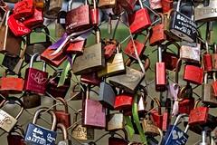 CADENATS (mcdrego) Tags: colours amor colores padlocks candados mcdrego