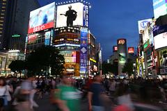 The Crossing at Shibuya (Jelltex) Tags: japan tokyo crossing shibuya thebluehour jelltex jelltecks