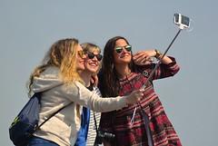 Selfie (Edinburgh Photography) Tags: people nikon edinburgh seat photojournalism arthurs selfie d7000