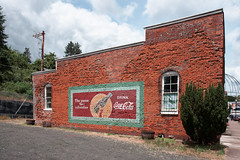 _DSC0499 (sidelinesjr) Tags: bricks cocacola brownsvilleoregon