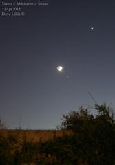 2015-04-21 Hyades+Venus+Moon-wide (Dave Lillis) Tags: irishastronomy shannonsideastronomy