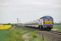 P1960640 (Lumixfan68) Tags: me de 26 eisenbahn mak nob züge loks 2700 di6 baureihe nordostseebahn marschbahn dieselloks sechsachser lehnshallig marschbahnzüge