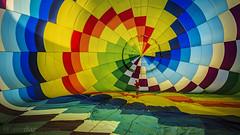 Todo correcto... despegamos (Javier Daz Barrera (javierdiazbarrera.es)) Tags: colours balloon colores hotairballoon 169 globo sigma1020 globoaerosttico javierdiaz paololivornosfriends javierdaz sonya77 javierdb javierdazbarrera legiophotos javibichos javierdiazbarrera javierdiazbarreraes