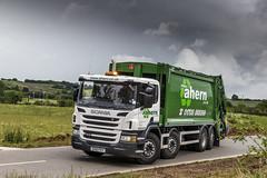 Scania 8 x 2 rear steer (P F Ahern) Tags: uk gb essex scania ahern