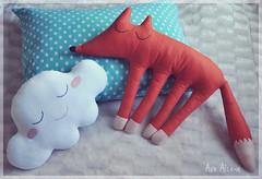 Cloud pillow and the Sleepy Fox (Açu Aizawa) Tags: plush cloud fox felt mascot handmade pillow