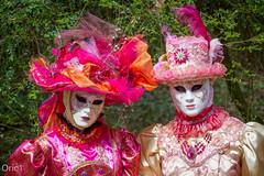 Carnaval vénitien 2015 (Oric1) Tags: a corbeilessonnes et soisy sur seine comme à venise canon carnaval carnival france franceoric1 oric1 costume costumévénitien couple femme masque pink plume rose acorbeilessonnesetsoisysurseinecommeàvenise 2015 eos jeanlucmolle