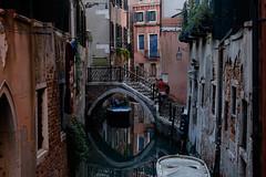unzählige kleine Kanäle (mkniebes) Tags: city travel italien bridge venice people urban italy reflection water rio stairs canal ponte kanal holliday brücke venedig stufen fujinonxf56mm