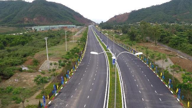 Tuyến đường Bà Nà - Suối Mơ có ý nghĩa đặc biệt quan trọng trong việc phát triển kinh tế Đà Nẵng