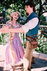 Rapunzel and Flynn (dolewhip) Tags: rapunzel flynnrider disney disneyland fantasyland fantasyfaire