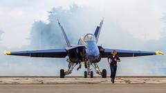 USN Blue Angels McDonnell Douglas F/A-18C Hornet 163451 '5' (Hugh Dodson) Tags: 5 smoke ypsilanti hornet blueangels willowrun arrivalsday 163451 mcdonnelldouglasfa18c thunderovermichigan2015