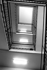 4 piani (Alax66) Tags: monocromo e scala bianco nero bianconero interni simmetria geometria prospettiva