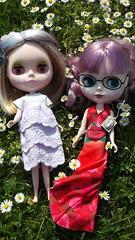 Ariane et Grace dans leurs nouvelles tenues