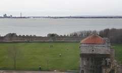 Portsmouth Harbour from Portchester Castle (Neil Pulling) Tags: england castle hampshire portchestercastle portchester englishheritage
