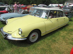 Citroen DS19 XKX487F (Andrew 2.8i) Tags: citroen ds19 ds 19 classic car scotton manor show pembrokeshire ds21 21 french
