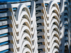 Curvas (miguelno) Tags: lumix shapes panasonic formas curvas hamacas fz1000