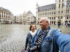 Selfie (Adisla) Tags: olympus epm2 mzuiko 9mm f8 humano belgica bruselas