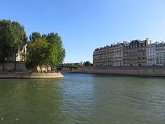 France - Paris - River Seine boat trip - le Saint-Louis (JulesFoto) Tags: france paris riverseine lesaintlouis