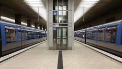 U-Bahn Zwillinge/Subway twins (dolanansepur) Tags: public subway munich mnchen transport siemens ubahn mrt mvv c1 mvg
