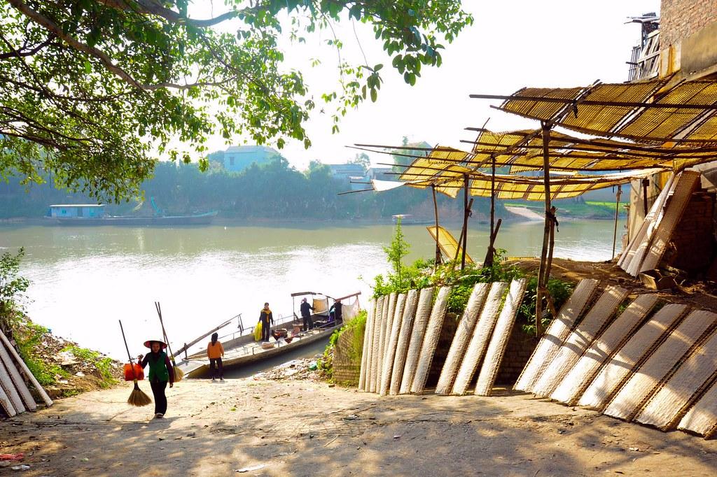 5Thổ Hà là một trong những làng cổ còn giữ được những nét văn hóa cổ của vùng Kinh Bắc