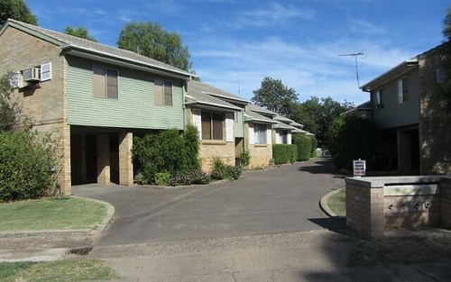 2/15 Balo Street, Moree NSW