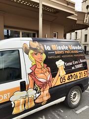 No comment (nic0v0dka) Tags: beer hat car bar pub breast seins poitrine cerveza chapeau blonde rubia cheers bier cowgirl boob sein birra branca stetson bire fourgon tchintchin pulpeuse opulente