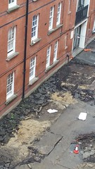 Stepney Green Courtyard works by Wedge Eng (Carol B London) Tags: tarmac courtyard charcoal e1 wedge sgc ids stepney londone1 stepneygreen newlayout newsurface charcoalbricks steneygreencourt wedgeengineering
