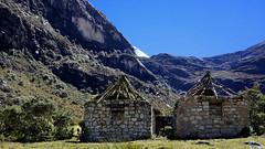 Reserva Del Huascaran - Ancash (jimmynilton) Tags: peru casa sierra montaña choza piedras reserva arqueologia ancash huascaran chosa